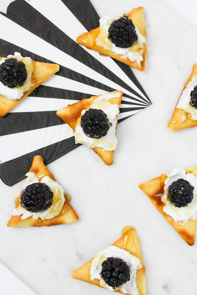 Blackberry, Goat Cheese and Honey Appetizers