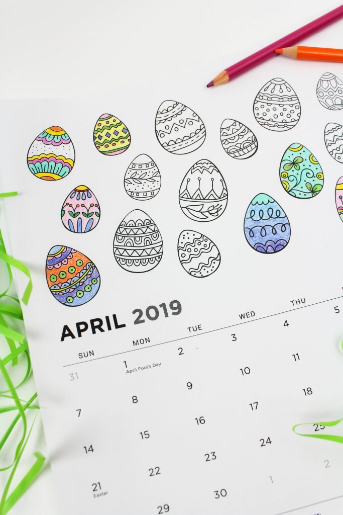 Printable April 2019 Calendar: Coloring Pages!