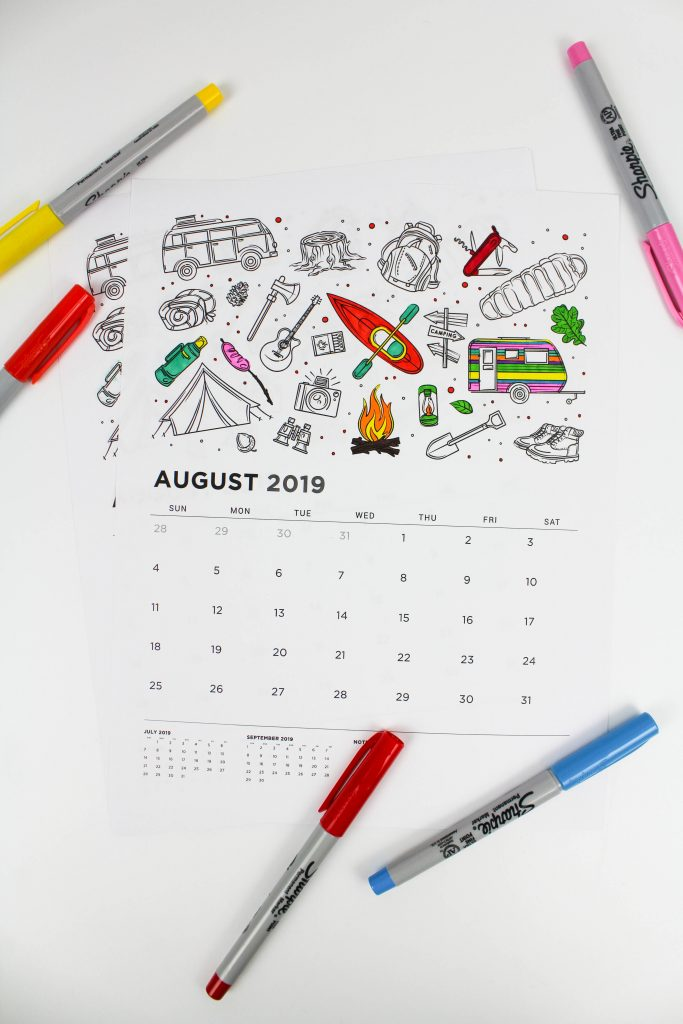 Printable August 2019 Calendar: Coloring Pages!