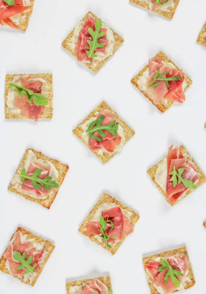 Easy-TRISCUIT-Appetizer-2-683x1024